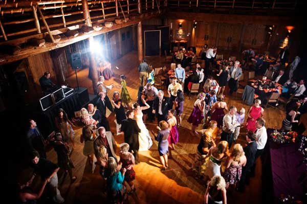 10-wedding-dancefloor-tips-7